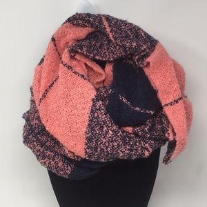 Beautiful Infinity Scarf Super Soft